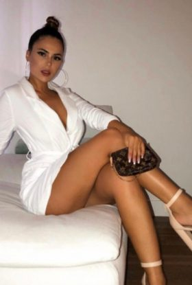 Carina Escort Girl Barsha Heights AD-TUZ30001 Dubai