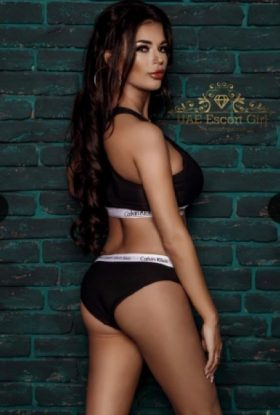 Adriana Escort Girl Business Bay AD-NNS23354 Dubai