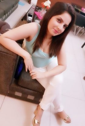 Pinky Escort Girl Jumeirah Lakes Towers Dubai AD-YJA12165