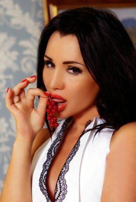 Meliha Escort Girl Business Bay Dubai AD-AWK42642